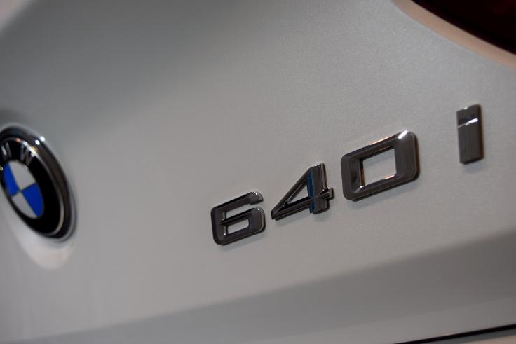 640i008