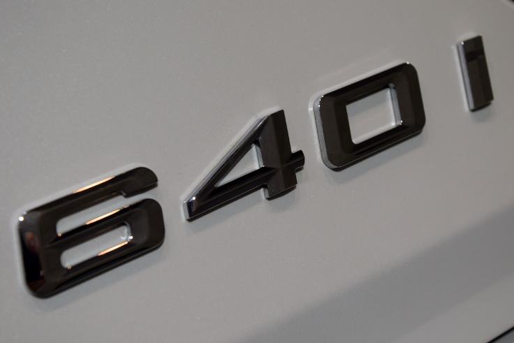 640i025